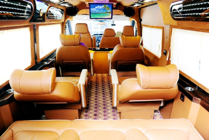 luxury limousine noi bai airport